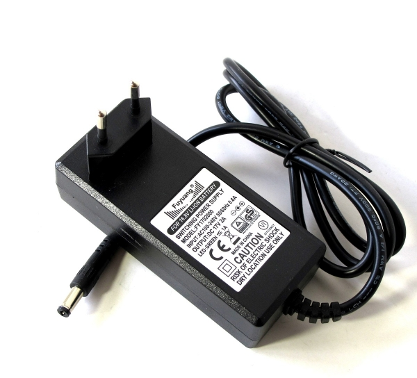 4S Charger for Li-Ion-Batteries 14.4V-14.8V 2A Round Plug